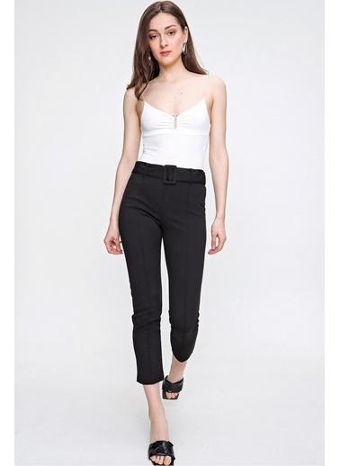 Butikburuç Kadın Siyah Havuç Pantolon Siyah